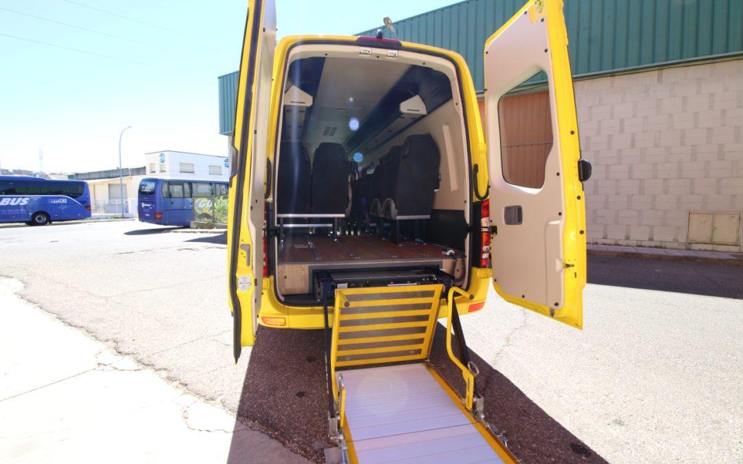 Galería Autobuses D. García 8